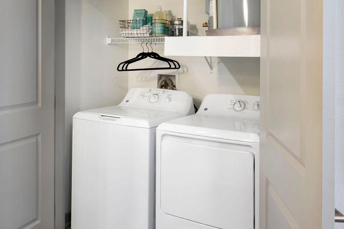 Model Washer Dryer 01.jpg