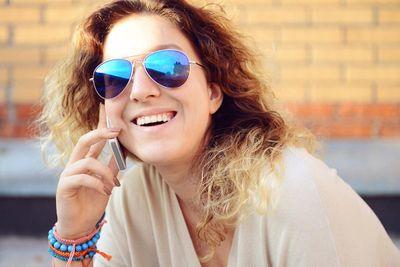 amenities-people-girl on phone.jpg