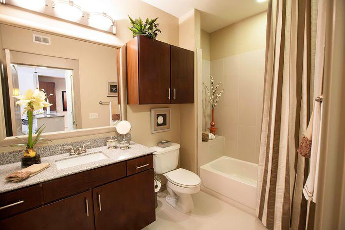 San Antigua 2BR Unit MB Bath-width-2400px.jpg