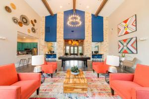 THE HERITAGE IN LIVE OAK, TX