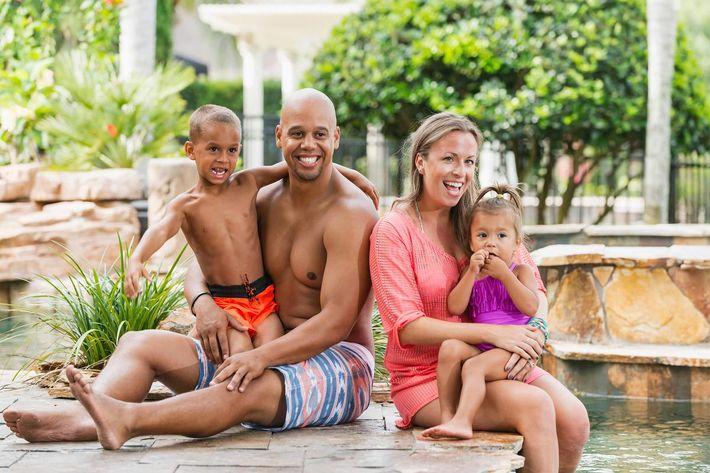 family at pool - iStock-637498494_super.jpg