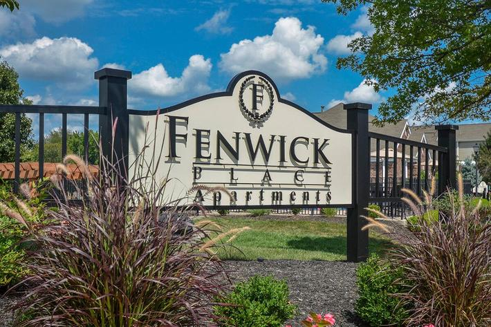Fenwick Place Apartments in Louisville, KY - Exterior 13.jpg