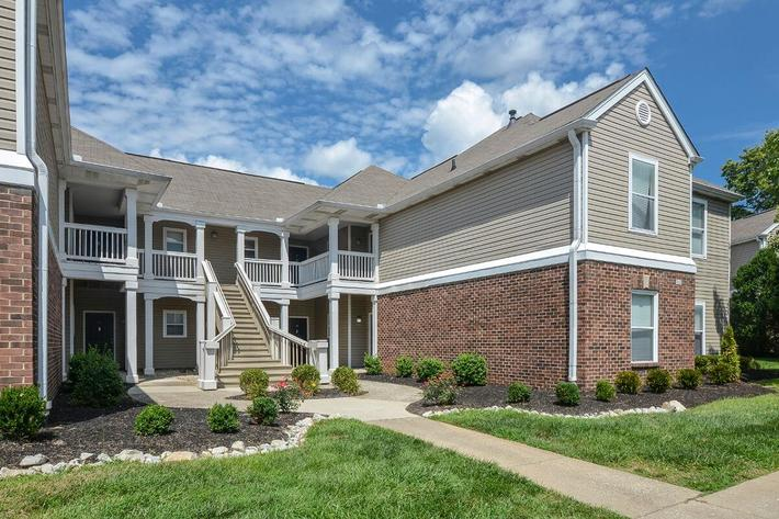 Fenwick Place Apartments in Louisville, KY - Exterior 32.jpg