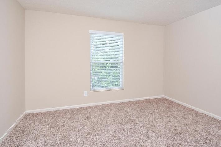 Fenwick Place Apartments in Louisville, KY - Interior 22.jpg