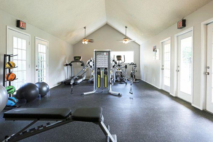 the-glen-apartments-temple-tx-gym.jpeg
