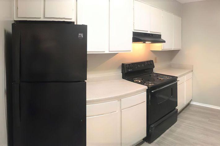3br kitchen-width-2400px.jpeg