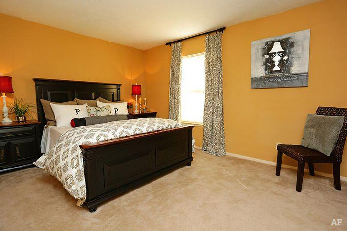 Master Bedroom-width-2400px.jpg