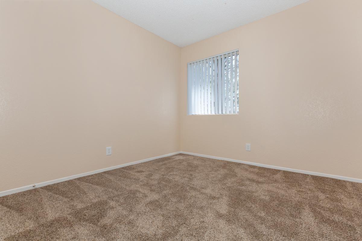05a_Second Bedroom.jpg