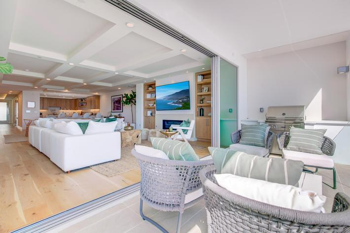 Sea View Villas Edits-12.jpg