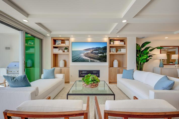 Sea View Villas Edits-6.jpg