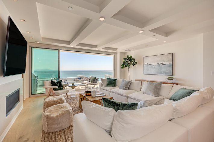 Sea View Villas-109.jpg