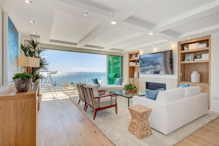 Sea View Villas-7.jpg