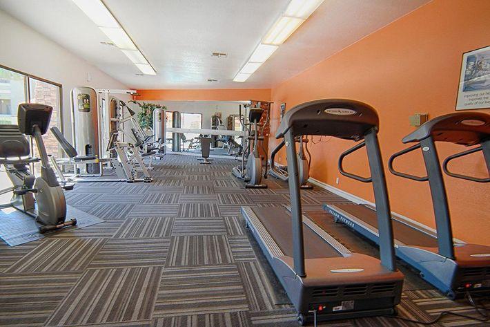 28-Fitness-Center1.jpg