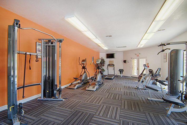 29-Fitness-Center2.jpg