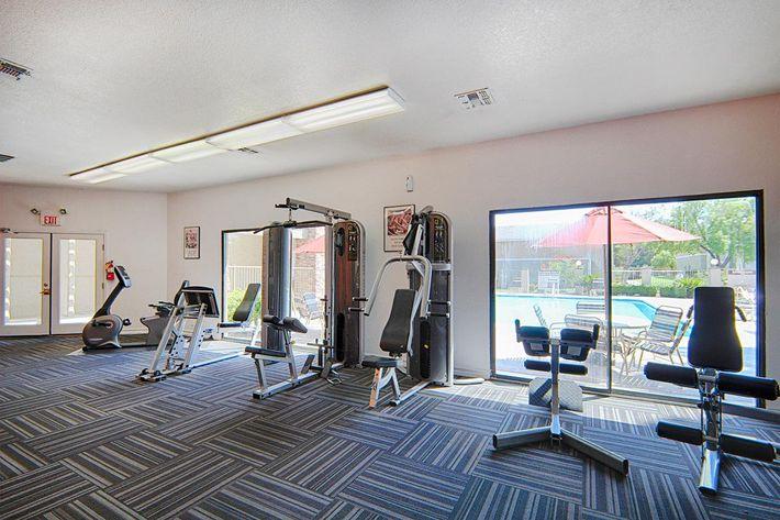 30-Fitness-Center3.jpg