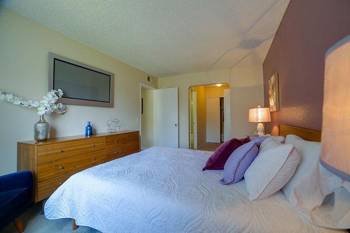 2x2 Bedroom 3.jpg