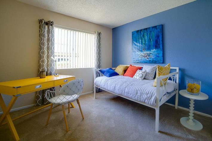 2x2 Guest Bedroom.jpg