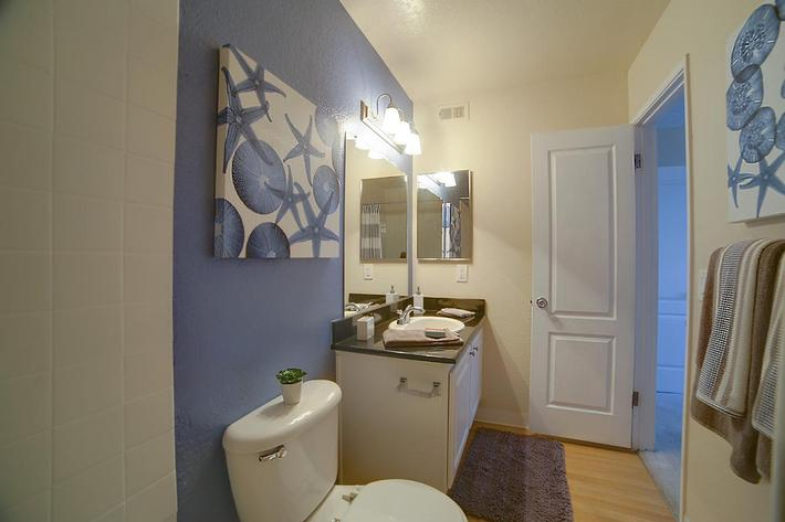 3x2 Master Bath Tub Corner View.jpg
