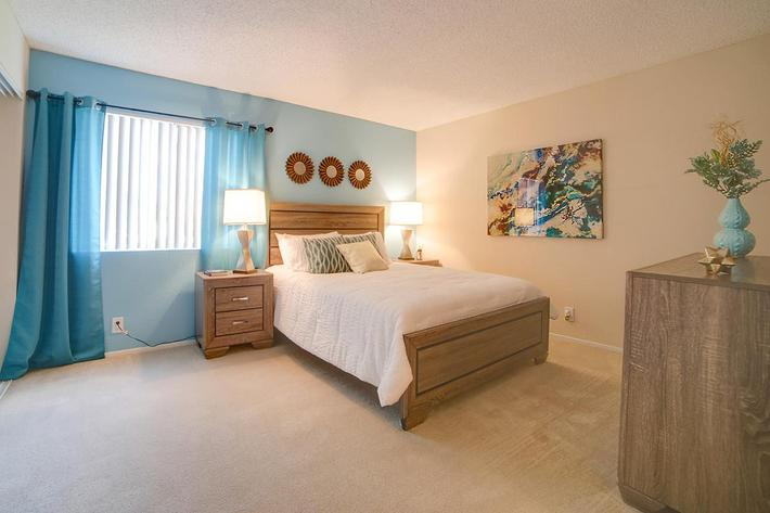 3x2 Master Bedroom.jpg
