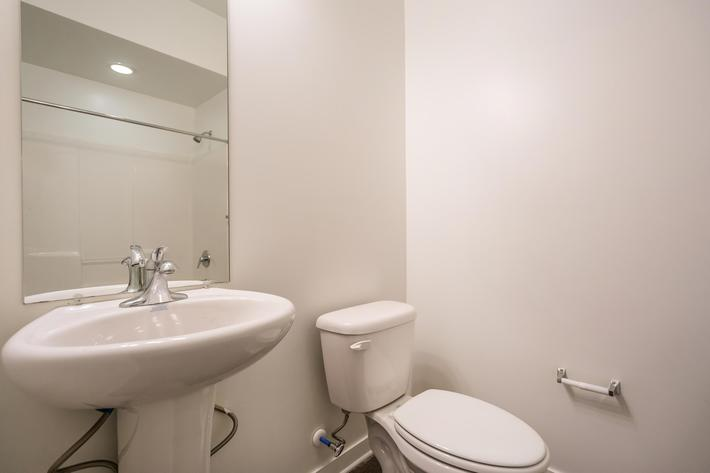 Modern Bathroom at 715 Woodland