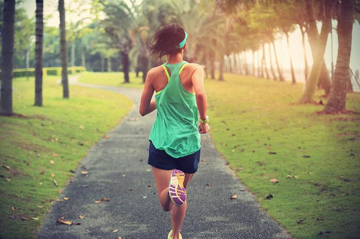 woman runner.jpg