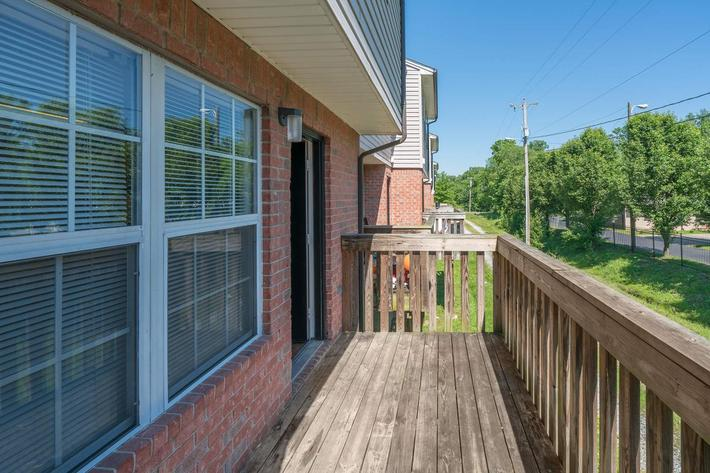 Balcony for Three Bedroom Apartment at Willow Pointe