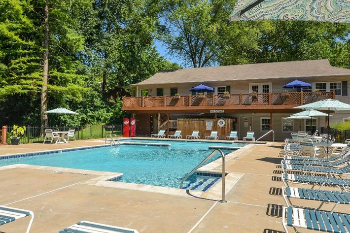 Park Forest Apartments in Affton, MO - Swimming Pool 13.jpg
