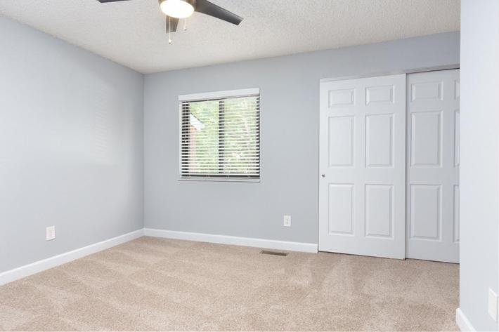 Park Forest Apartments and Townhomes in St. Louis, MO - Interior 13.jpg