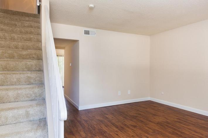 Park Forest Apartments and Townhomes in St. Louis, MO - Interior 19.jpg