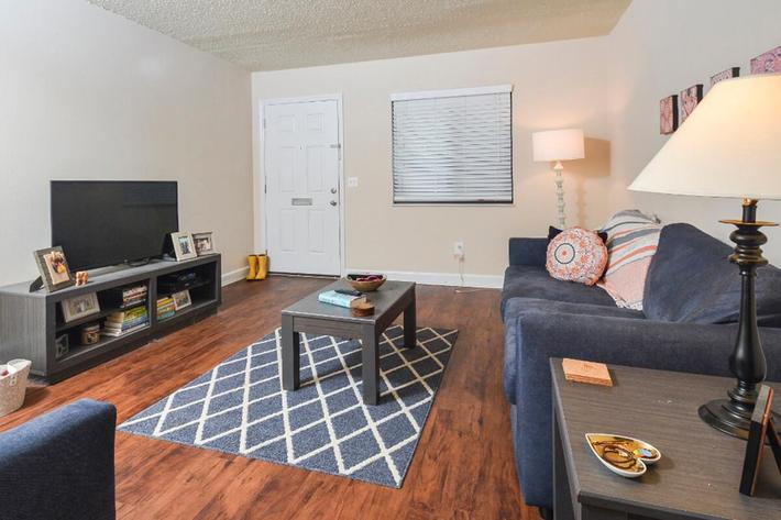 Park Forest Apartments in Affton, MO - Interior 01.jpg