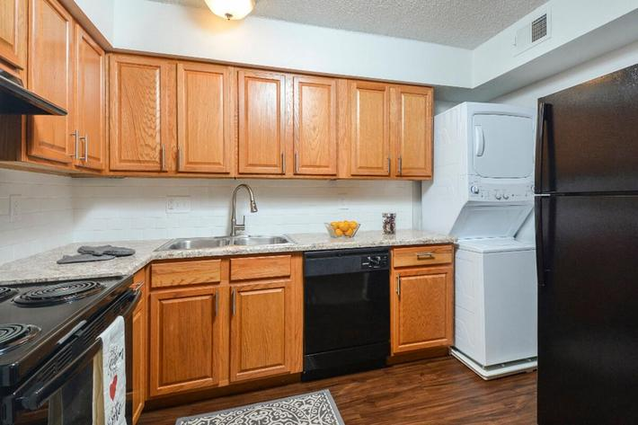 Park Forest Apartments in Affton, MO - Interior 17.jpg