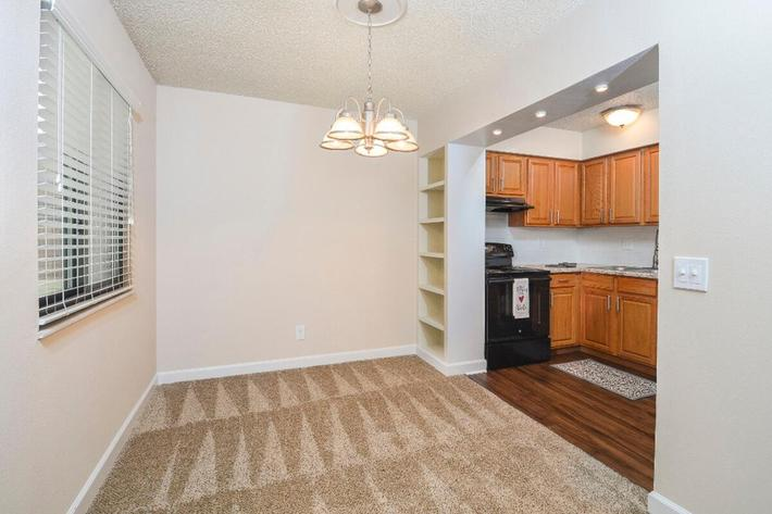 Park Forest Apartments in Affton, MO - Interior 18.jpg