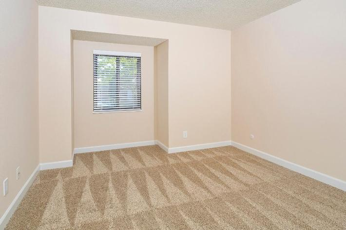 Park Forest Apartments in Affton, MO - Interior 19.jpg