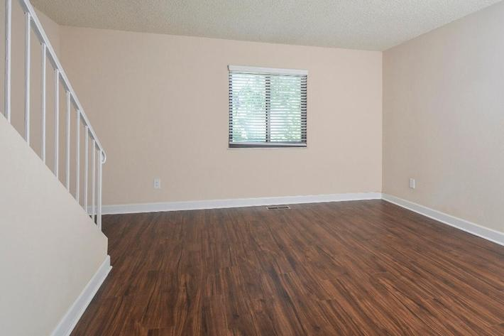 Park Forest Apartments in Affton, MO - Interior 26.jpg