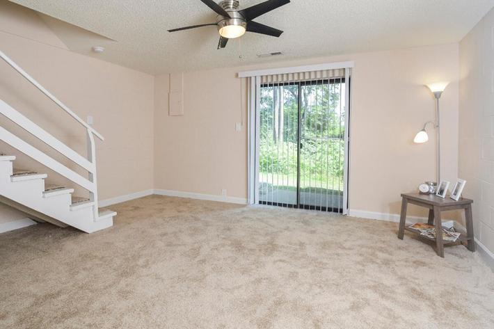 Park Forest Apartments in Affton, MO - Interior 30.jpg