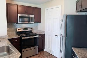APARTMENT HOMES FOR RENT AT THE PLANTATION AT LAFAYETTE