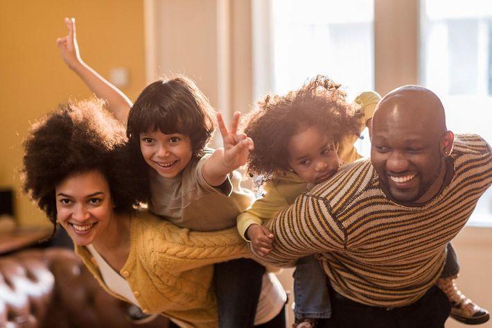 interior-livingroom-family2.jpg