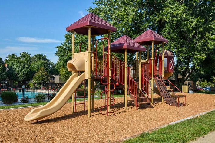 Kensington West Apartments in Ballwin, MO - Playground 02.jpg