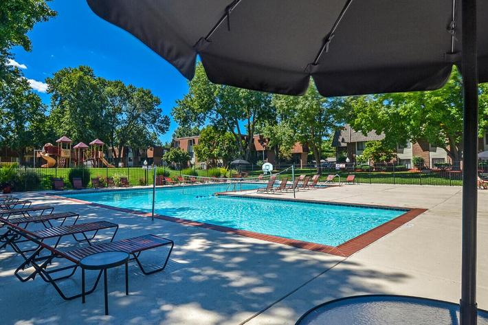 Kensington West Apartments in Ballwin, MO - Swimming Pool 10.jpg