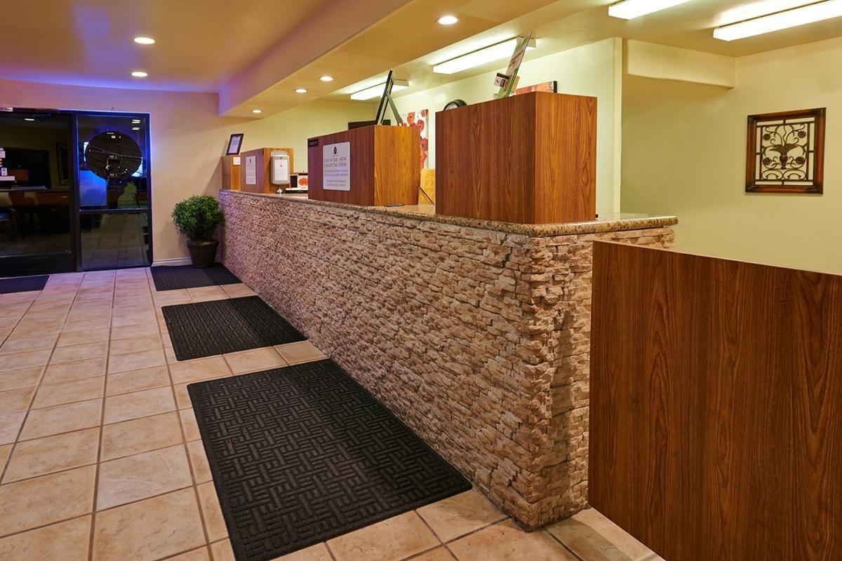Lobby counters.jpg