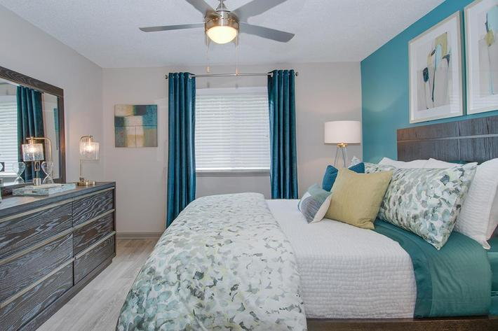 The McLemore bedroom with ceiling fan