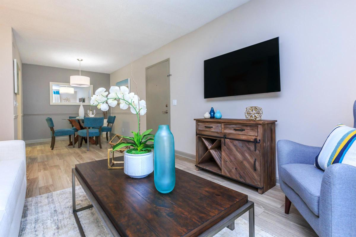 2 Bedroom Apartments in Franklin, Tennessee
