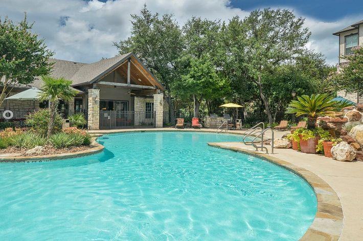 Boulder Creek Apartments in San Antonio, TX - Swimming Pool 06.jpg