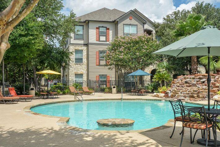 Boulder Creek Apartments in San Antonio, TX - Swimming Pool 08.jpg