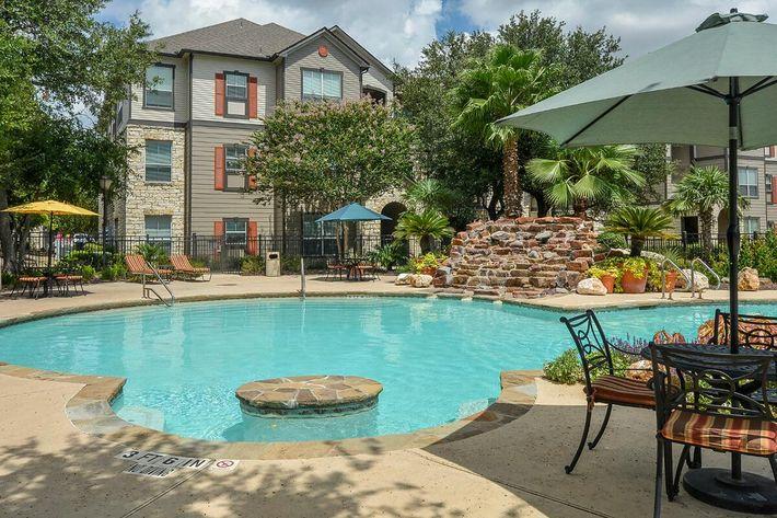 Boulder Creek Apartments in San Antonio, TX - Swimming Pool 09.jpg