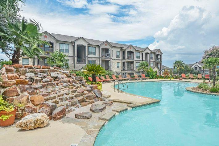 Boulder Creek Apartments in San Antonio, TX - Swimming Pool 14.jpg