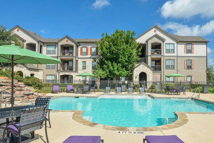 Boulder Creek Apartments in San Antonio, TX - Swimming Pool 22.jpg