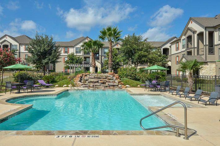 Boulder Creek Apartments in San Antonio, TX - Swimming Pool 23.jpg