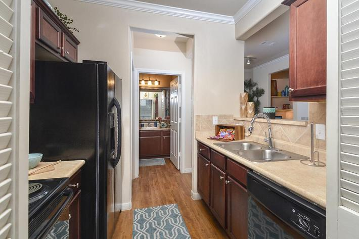 Boulder Creek Apartments in San Antonio, TX - Interior 06.jpg