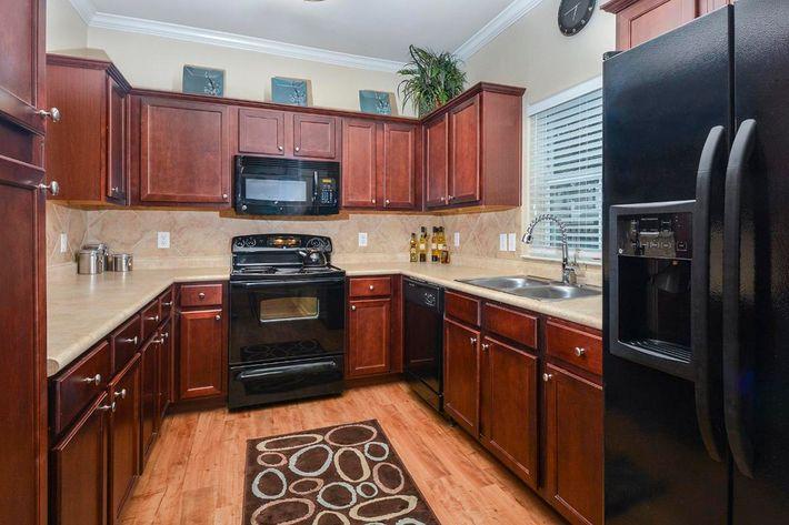Boulder Creek Apartments in San Antonio, TX - Interior 16.jpg